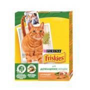 Friskies сухой корм для домашних кошек с курицей и садовой зеленью